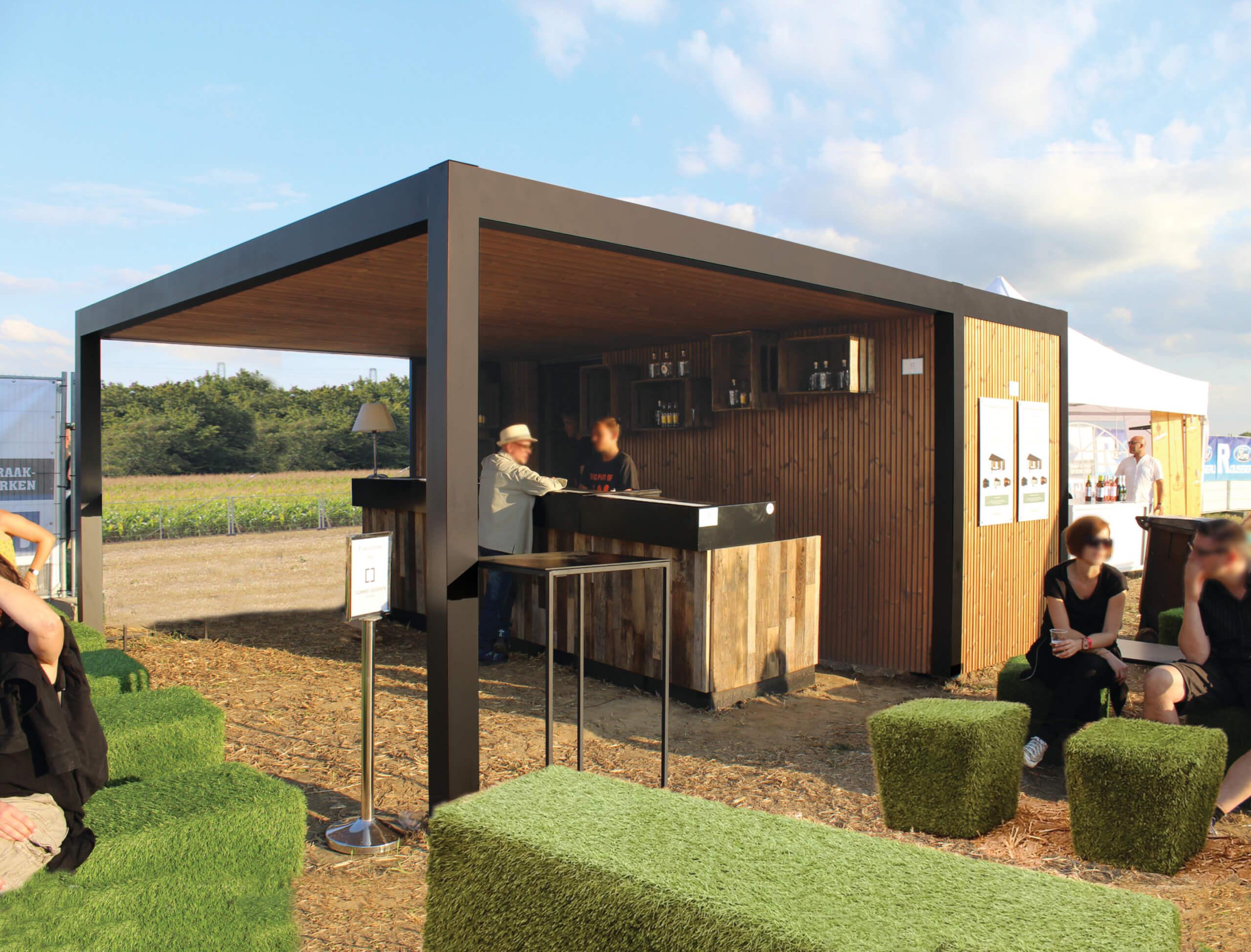 Exterior Living | gin bar 2