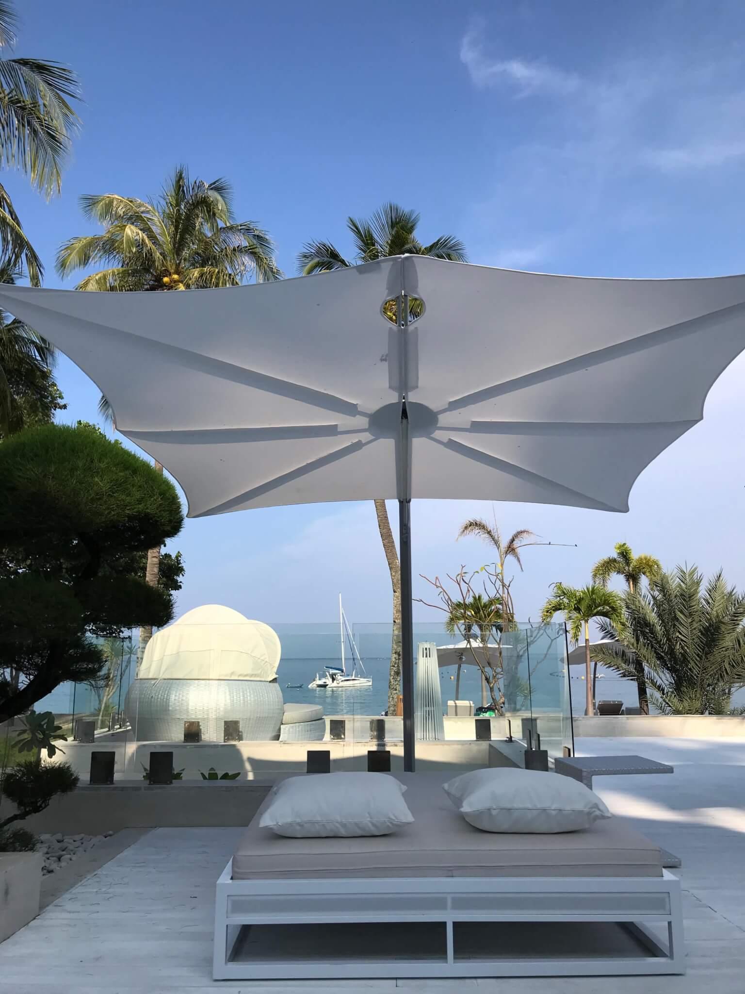 Umbrosa | Cantilever umbrella Spectra 7Secret Resort HR